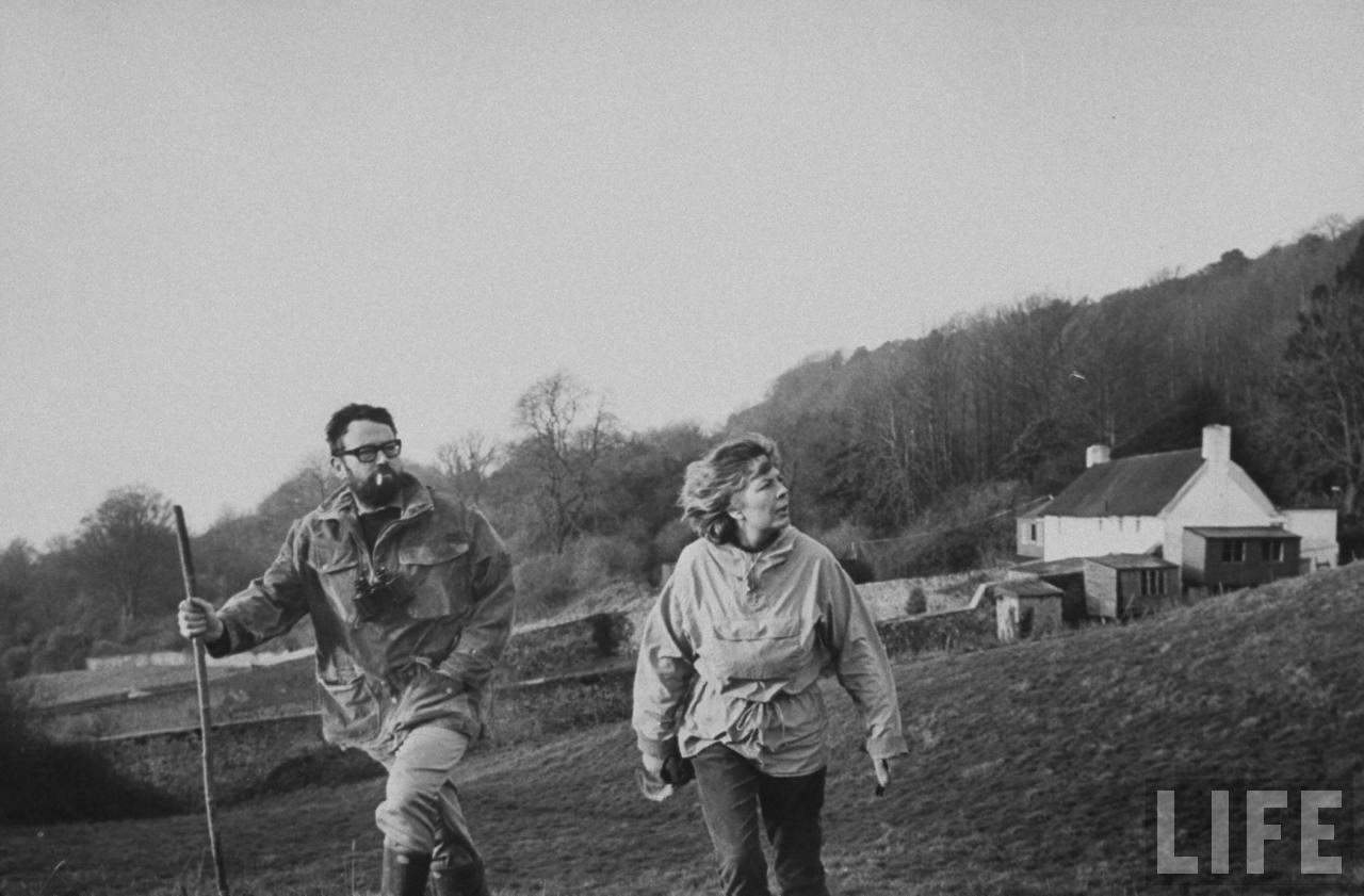 Фаулз с женой, 1970