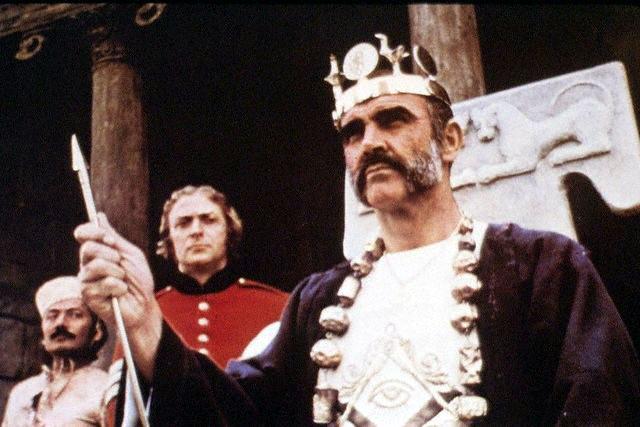 кадр из фильма Человек, который хотел быть королем, 1975, США-Великобритания