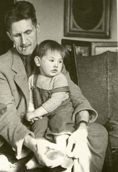 Оруэлл с сыном